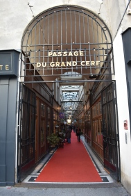 Criss-crossing this particular the 2nd arrondissement are covered passages with shops & little restaurants. Adding to the charm of this part of Paris. #NewBeginnings #Paris Day 355 of #365TravelPics